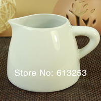 Modern Fashion Ceramic Flower Vase. Household Decorative Sharp Mouth Flower Pot. White. Wholesale  ID:A0107454