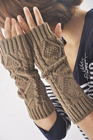 Autumn and winter fashion trend rhombus thermal semi-finger lucy refers to the arm long gloves