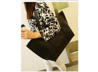 free shipping  2013 Winter new Korean wave leisure Picture gold large shoulder bag diagonal package