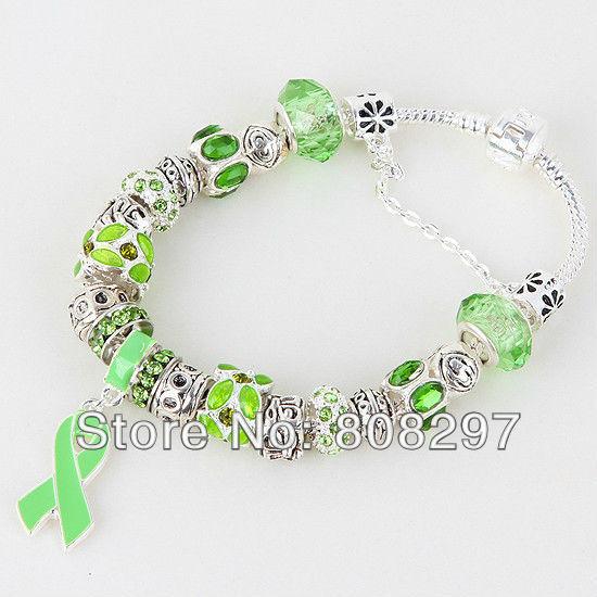 "Vente en gros - mode! 8.3 "" vert sensibilisation au Cancer du sein ruban Dangle cristal de Murano perles Charm Bracelet(China (Mainland))"
