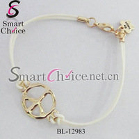 Wholesale Cheap 50pcs/Lot 18K Gold Plated Alloy Peace Sign Charm Silicone Bracelet Custom