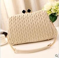 Women's Handbag Pleated Bubble Bag Clip Fashion Trend Shoulder Bag Elegant  plaid chain bag