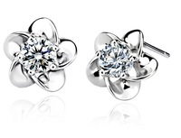 2013 new Hot Multi Prongs Top Quality Swiss CZ Diamond Stud Earring FREE SHIPPING