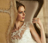 Hot sale Modern elegant lace  shoulder straps Wedding dress