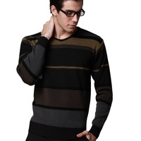 2013 new Sweater men's clothing V-neck thermal long-sleeve sweater color block decoration sweater