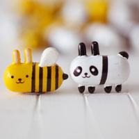 Pill bee decoration diy
