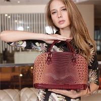 explosion models fashion new Korean version of casual shoulder bag wholesale ladies tide leather Portable female bag diagonal pa