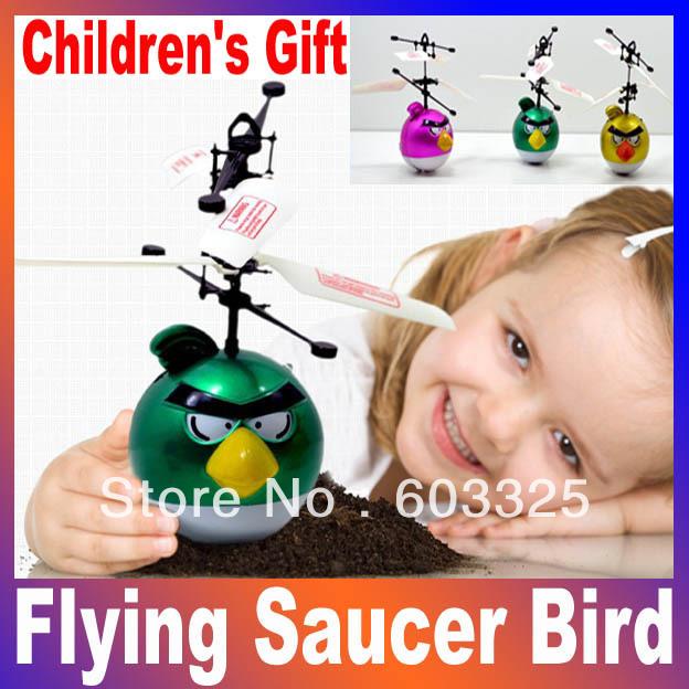 Presente de Natal das Crianças Flying Saucer Pássaro infravermelho indução RC flutuante UFO Controle Remoto Alta Qualidade Toy Fun(China (Mainland))