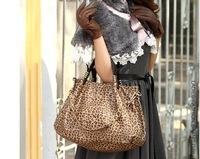 European and American style fashion leopard  portable leather hobo bag faux leather bags for modern lady