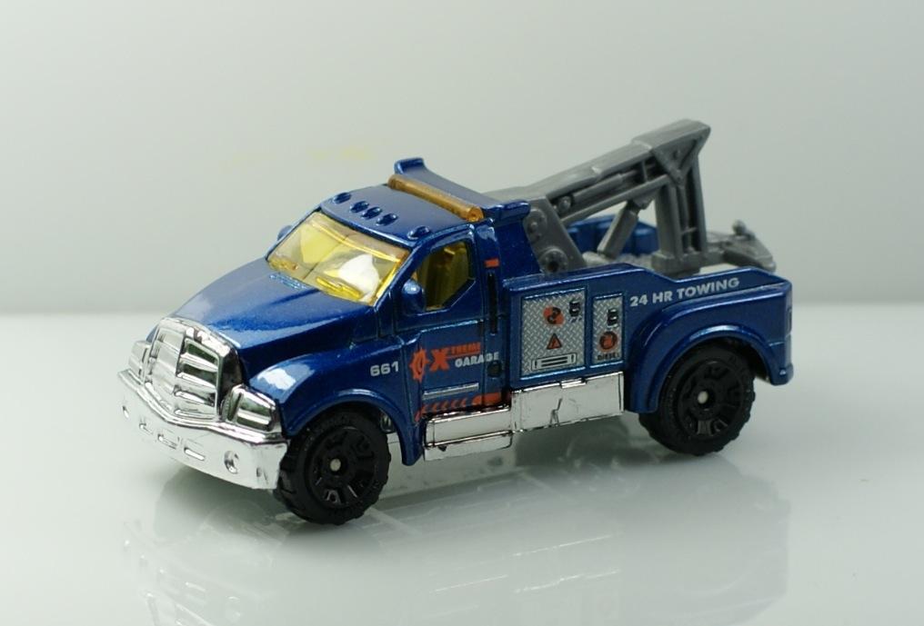 Matchbox matches box emergency car trailer tow truck mb 661(China (Mainland))