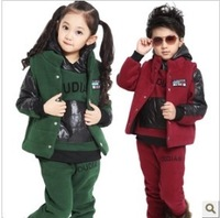 Free shipping 2013 children's clothing male female child autumn and winter child fleece sweatshirt piece set primary set