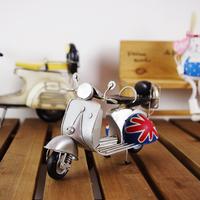 Retro British style  British flag small sheep female motorcycle model  Metal retro bar decorations props