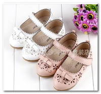 2013 korean children Genuine leather shoes girls flowers bowknot princess shoes kids buckle strap shoes size 24-32 1861