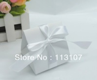 Free shipping .triangle candy box..wedding favor box with ribbon