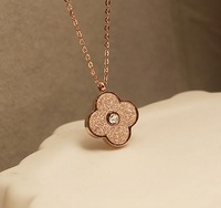 Hot Sale Dull Polish Four Clovers Rose Gold Plated 316L Stainless Steel Necklace