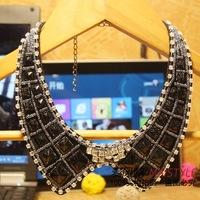 Freeshipping (Min $15) 2013 Fashion Rhinestone Necklace Accessories Short Design Necklace False Collar Female Gift Wholesale