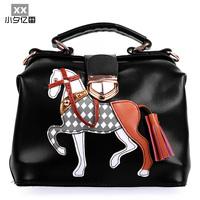 Small women's shoulder bag tote bag messenger bag shaping mouth bag clip leather wooden horse color block decoration