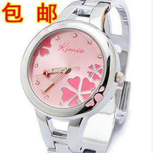 Four leaf grass steel strip women's watch fashion ladies watch bracelet watch heterochrosis student table(China (Mainland))