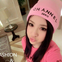 Autumn and winter pink knitted hat personality letter embroidery thermal knitted hat m29 p10