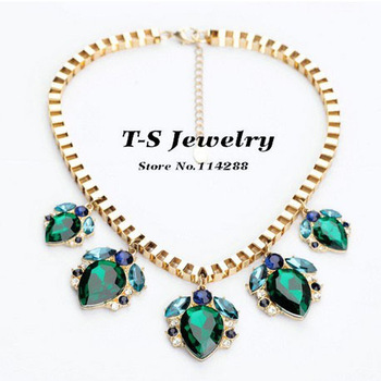 Fashion Emerald Drop Pendant Necklace Women Acrylic Green Pendant Chain Sweater Necklace Jewelry Free Shipping>$10