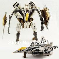 Christmas Gift 18cm Decepticons High quality PVC Megatron's Teammate Starscream Plane Robot toys for the boys