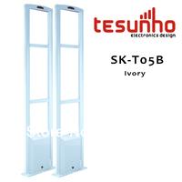 1 EAS system SK-T05 + 2 Detatcher SK-K09 + 2500 white Hardtags + 100 landyard loops frequency 8.2MHz Cover range 0.9-1.2m