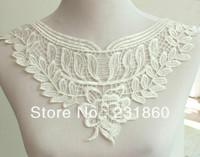 2 X Off White Flower Neckline Collar Lace Costume Dress Applique Sewing Trims