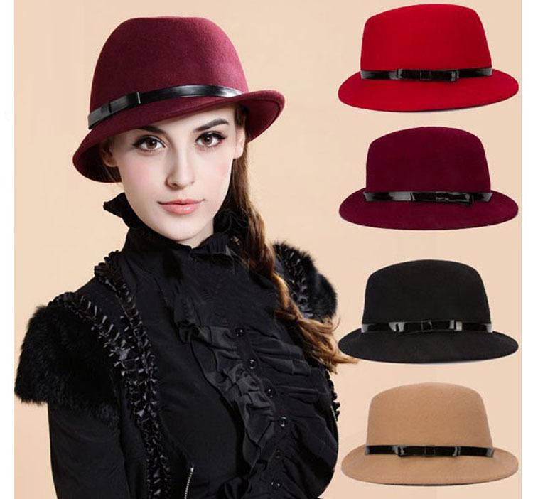 Es recomendable quitarse los sombreros sin importar su tipo en espacios como el cine o el teatro.