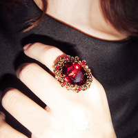 South Korea imported super luxury retro palace princess ring free shipping over $ 10