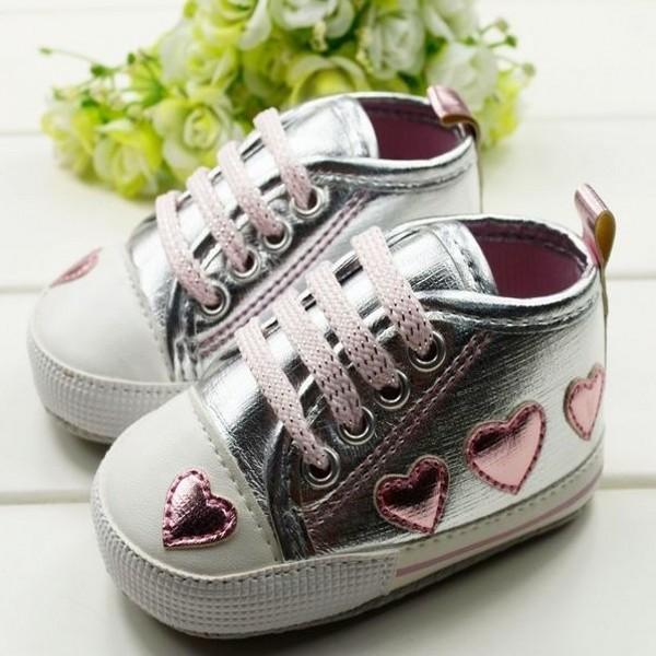 Cute Kid Toddler Baby Girl Silver Crib Heart Soft Shoes Walking Sneaker 0-18 M Free shipping & Drop shipping LKM061(China (Mainland))