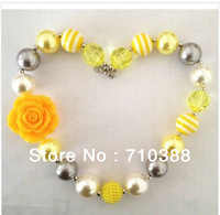 Free shipping 1set/2pcs  Big yellow rose flower resin solid beads wholesale chunky bubblegum necklace
