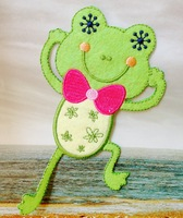 7.2*12.5cm Clothing accessories embroidery fabric clothes patch stickers Large frog  iron on patches wholesale 100pcs/lot