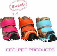2013 New designer pet cotton-padded shoes  dog cat brand winter boots fashion puppy sports  bottes  windproof 3 colors 5 sizes