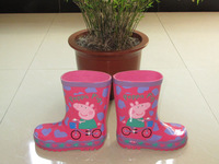Female child cartoon pink pig pepe rubber shoes rainboots