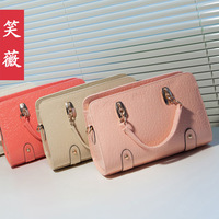 New arrival 2013 women's handbag fashion handbag best PU leather messenger bag with zipper