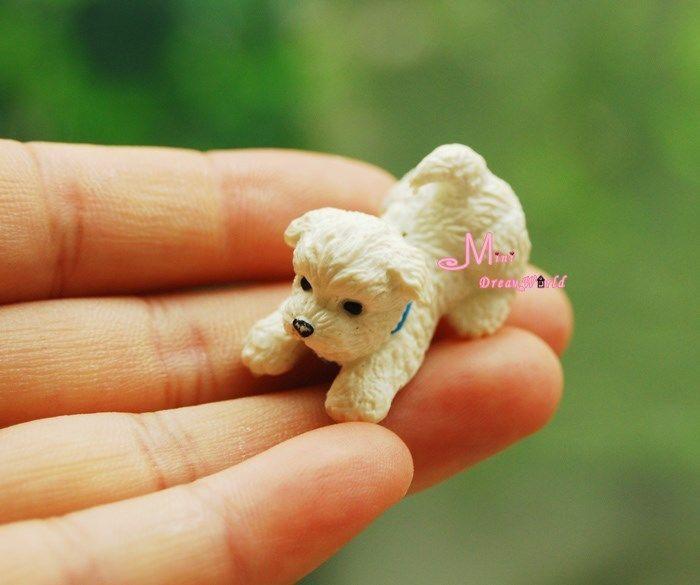 Free Shipping ! PET White Puppy Dog Cute Pet animal ~ 1/12 Scale Dollhouse Miniature Furniture(China (Mainland))