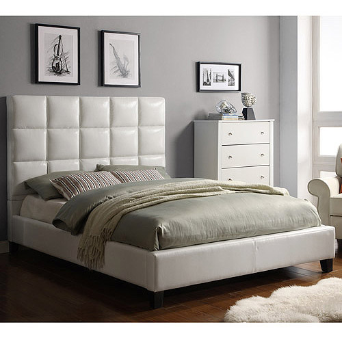 White Faux Leather Tufted Queen Size Bed 500 x 500