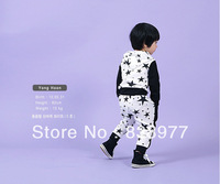 2013 New! Baby Boy/Girl autumn tracksuits Cute stars suits Hooded sweatshirt+haren pants Kids sportswear White and black colors