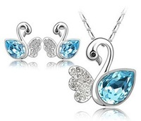 Free shipping factory wholesale Austrian crystal jewelry necklace + earrings set - Swan-G007
