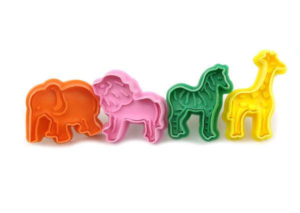 Ofício Fondant Bolo Craft Biscoito de açúcar Folha Plunger Mold Cortador Shape of Elephants Lions girafas Cavalo(China (Mainland))