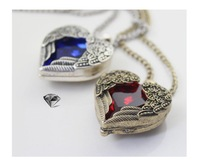 Free shipping women jewelry new 2013 girls semi precious stone palace retro Necklace Retro angel wings red and blue heart