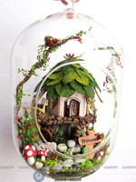 New product Guangzhou diy wooden miniature glass doll house