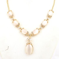 Fashioon eye decoration necklace female short necklace design free shipping