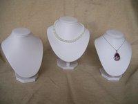 3pcs/set Jewelry display Props Necklace Holder Rack Pendant Portrait kit White Leaterette Mannequin Wooden Bust  Shelf Rack