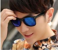 Free Shipping Fashion vintage Plastic Frame With Blue Film Lens Eyewear Men's Polarized Sunglasses Black Color1172