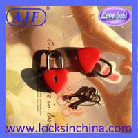 2013 hot sell lovely mini Heart shape diary lock with heart key free shipping