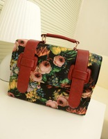 New 2013 vintage painting flowers printed documents college retro messenger handbag hand diagonal package Free shipping