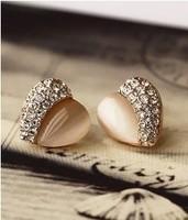 E453  Free Shipping Wholesales 2014 New Cute Peach Heart Crystal Heart Half Opal Earrings Half Jewelry