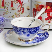 Blue and white porcelain coffee cup fashion blue peony coffee cup black tea cup royal paragraph bone china cup and saucer