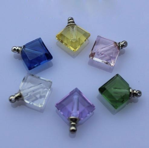 Frete grátis !!! NOVO! 200pcs cor mista de Vidro Plano de Perfume de cristal Frasco Pingentes em forma de colar(China (Mainland))